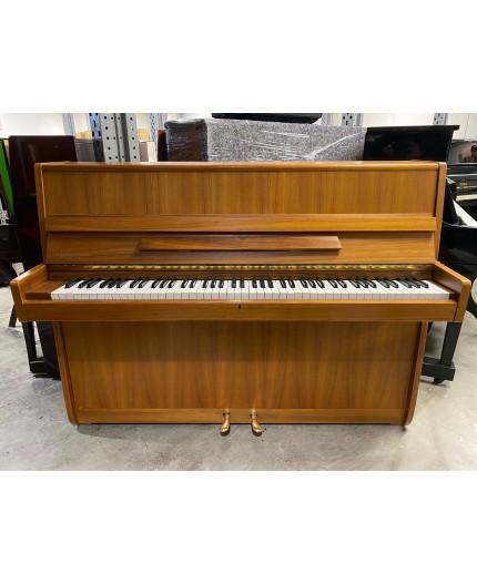 Piano droit Nordiska